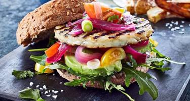 Flere spiser mad uden kød
