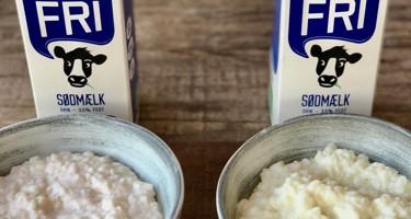 Rød risengrød med laktosefri mælk - sådan undgår du det