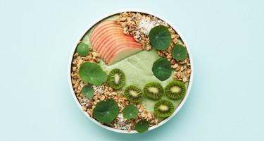 Fredag d. 19/2 - Opskrift på smoothie bowl m. avocado