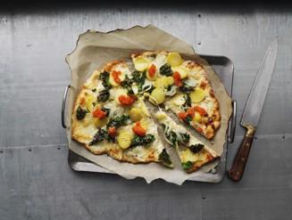 pizza-bianco-med-gronkal-och-silverlok-2400x1500_TIF.jpg