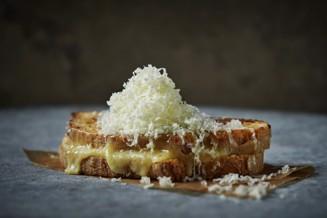 grilled-cheese-med-gruyere_TIF.jpg