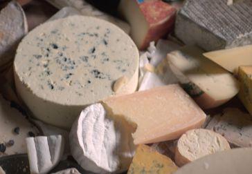 Förvara och servera ost på rätt sätt