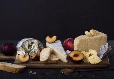 Äntligen helg! Dags för ostbricka