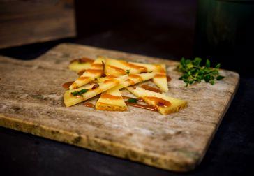 Annorlunda kombinationer – ost, jordnötssmör och kolasås